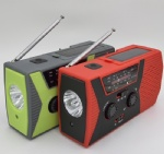 Solar Crank AM FM NOAA Weather Radio with  Flashlight & Reading Lamp
